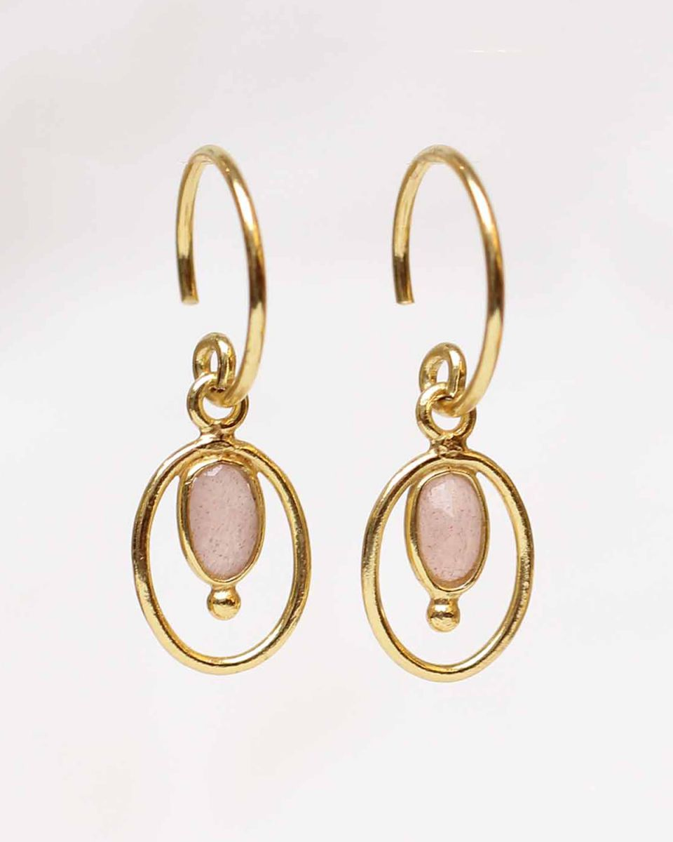 f earring geo oval ball with peach moonstone gold plated