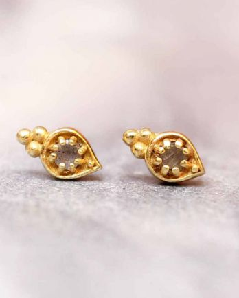 E- earring labradorite etnic drop stud gold plated