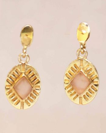 G- earring peach moonstone diamond striped gold plated