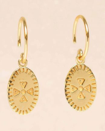 E- earring hanging etnic carved gold plated