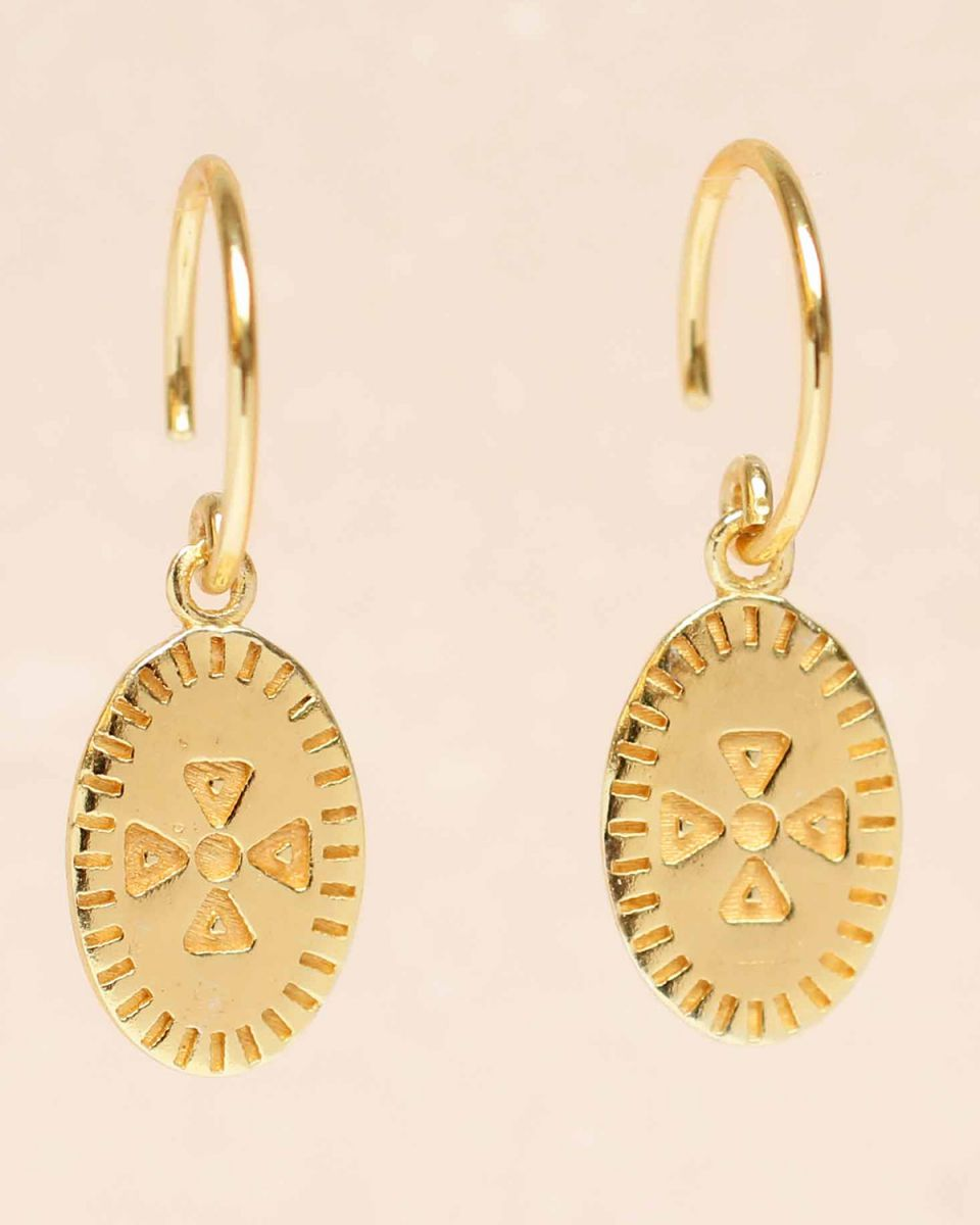 e earring hanging etnic carved gold plated