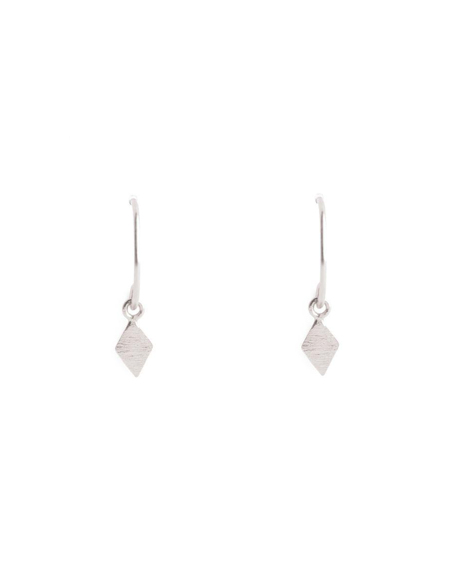 b earring silver