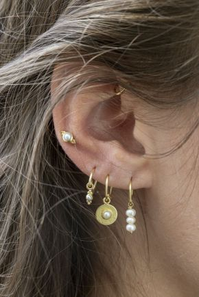 C- earring 2mm etnic pearl gold plated