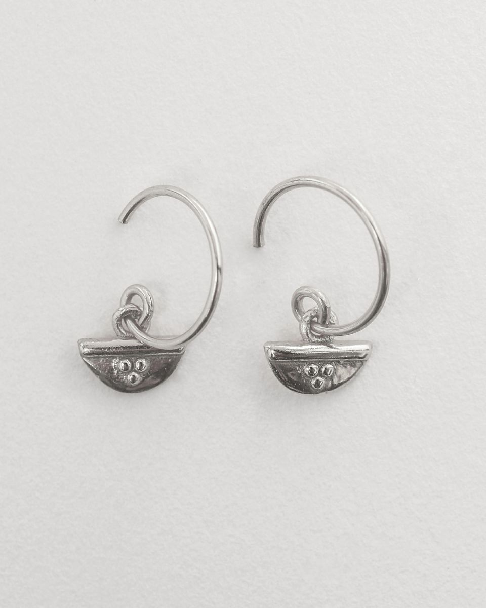 c earring half circle and dots