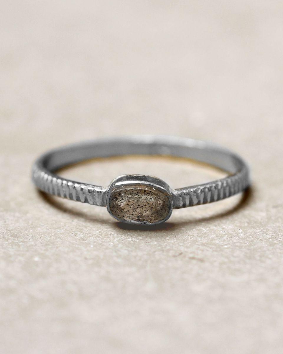 c ring size 56 oval bar labradorite