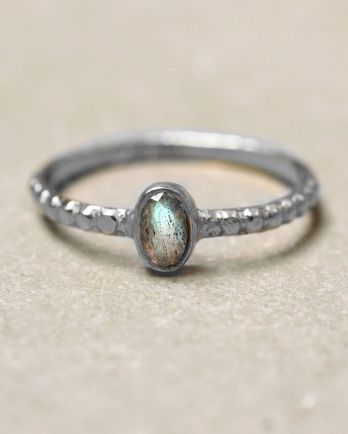 C- ring size 56 oval xs labradorite