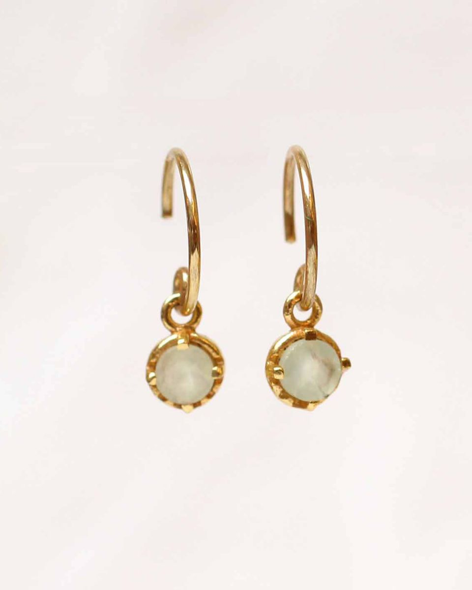 d earring 4mm hanging round prenite gold plated