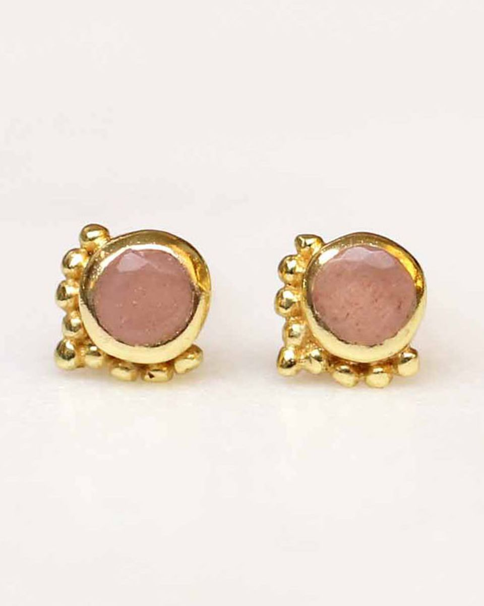 d earring mini etnic stud peach moonstone gold plated