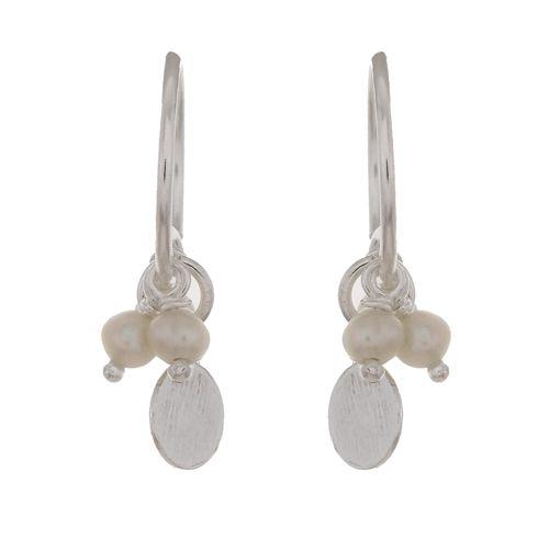 d earring three pearl beads