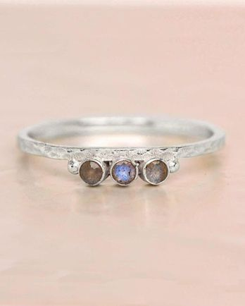 D- ring size 54 labradorite three stones two dots hammered