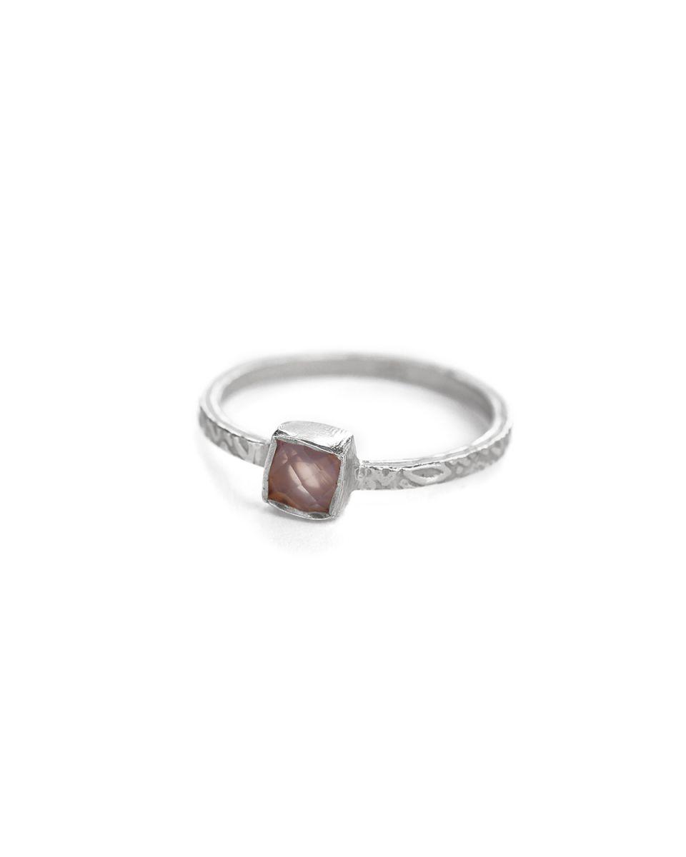 d ring size 54 square rose quartz