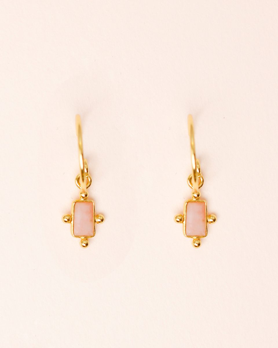 e earring 5x3mm dots peach moonstone gold plated