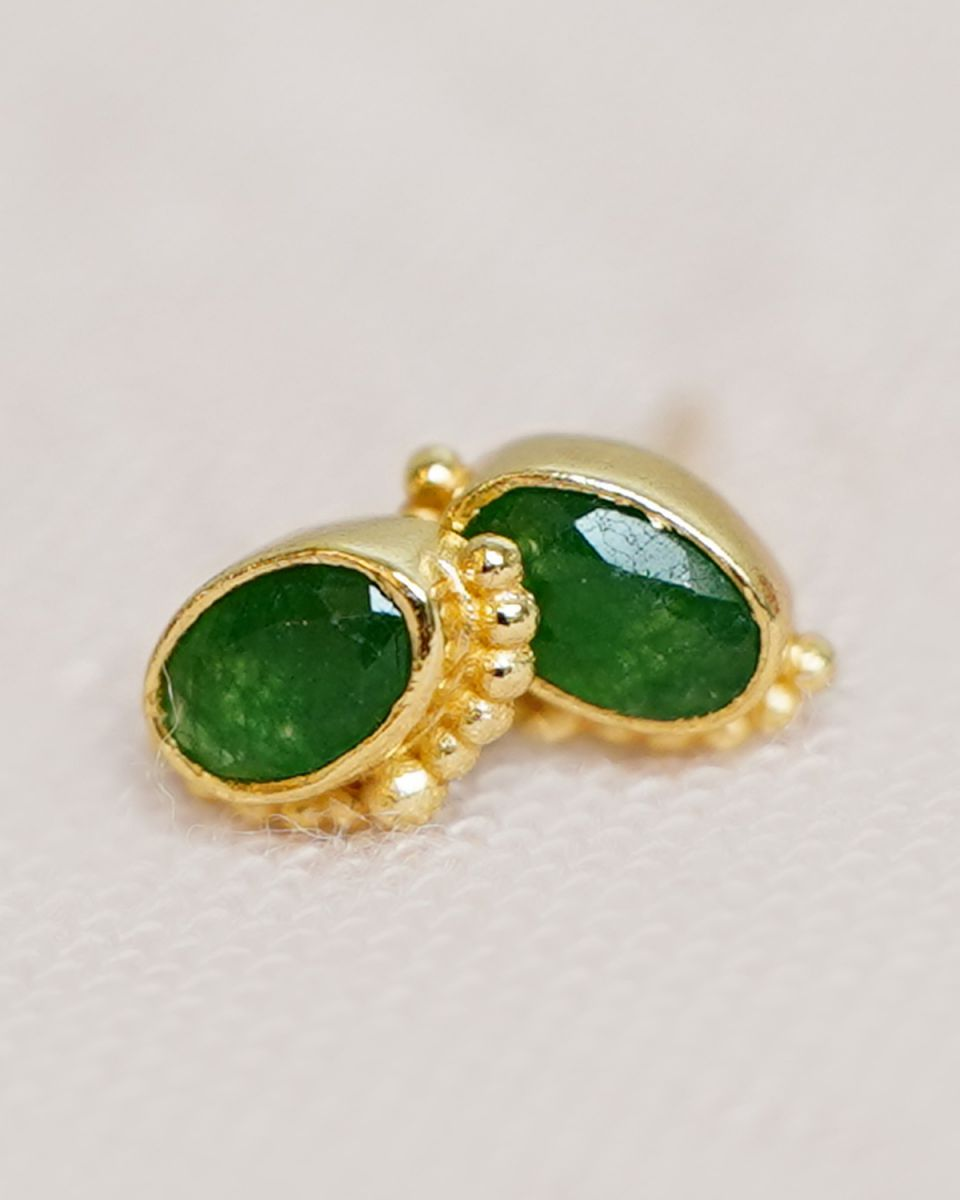 e earring 5x3mm oval crown green zed gold plated