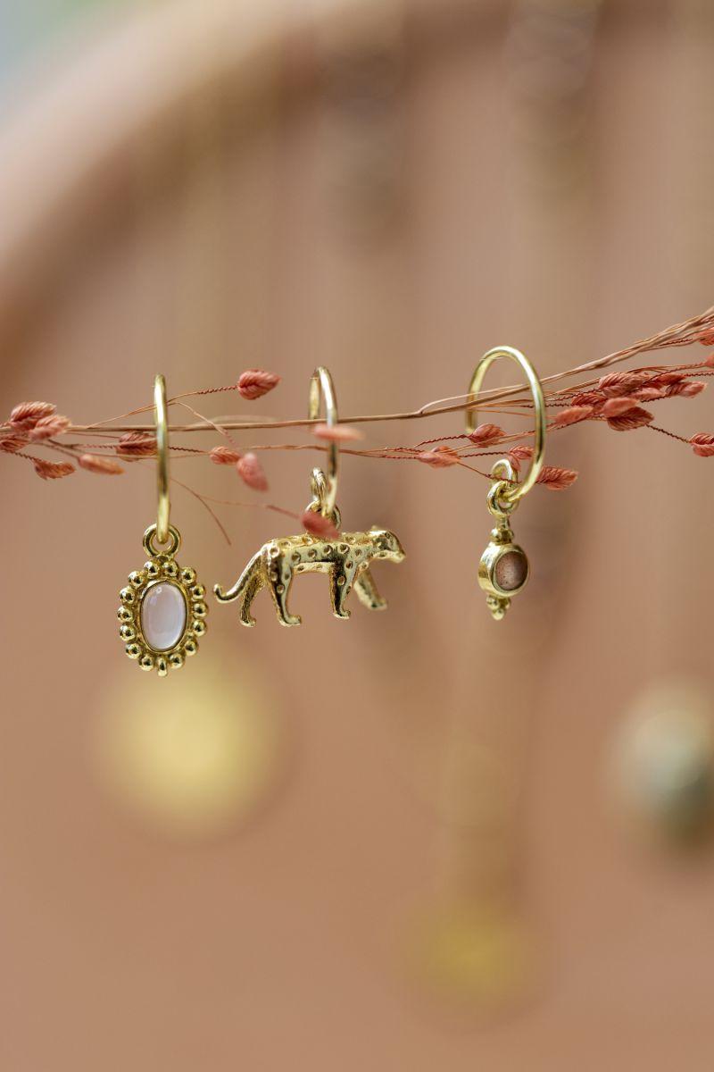 e earring cheetah