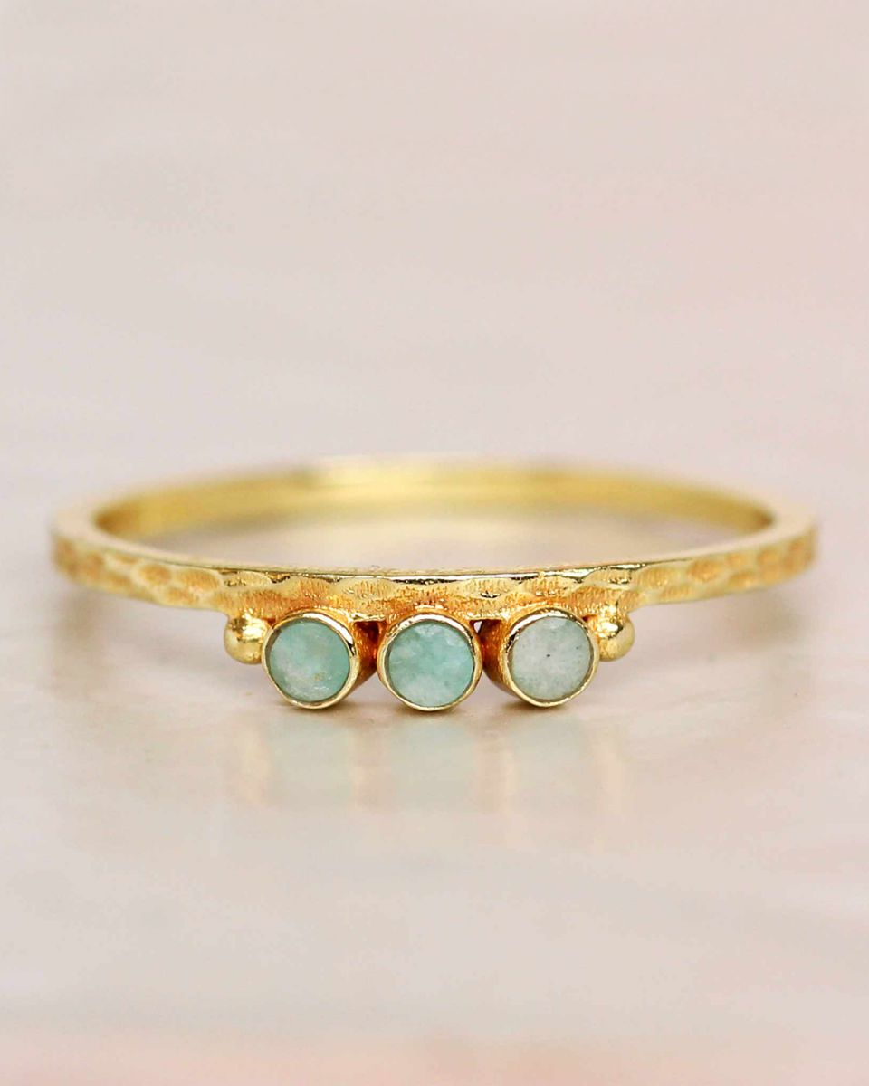 e ring size 52 amazonite three stones two dots hammered gol