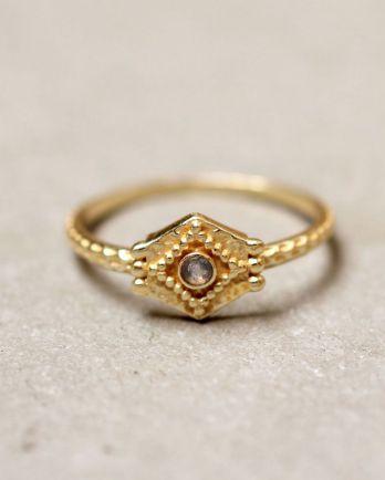 E- ring size 52 etnic hexagon labradorite gold plated