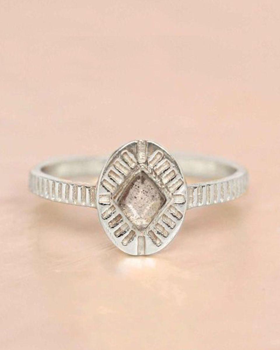 e ring size 52 labradorite diamond striped