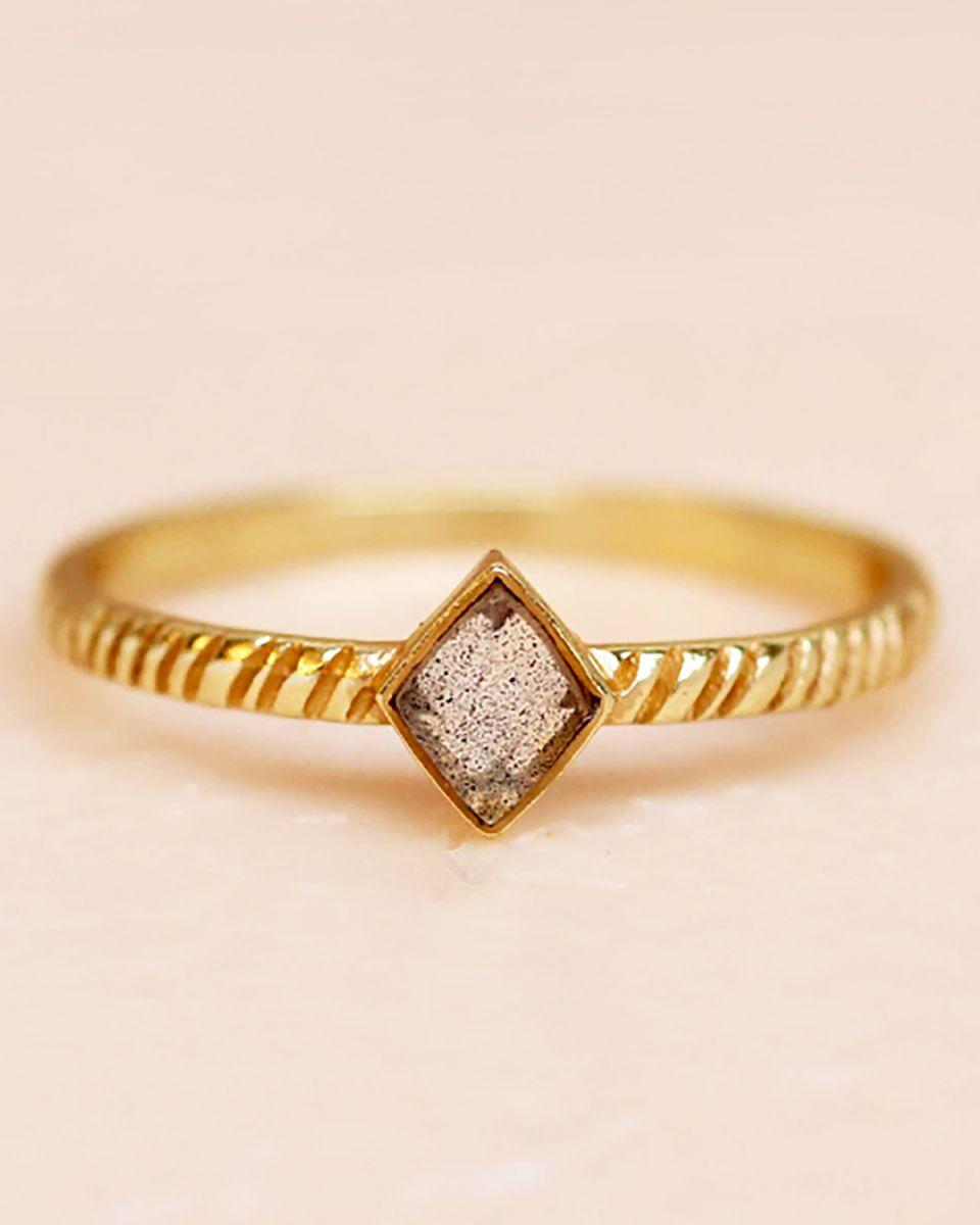 e ring size 52 labradorite diamond striped diagonally gold