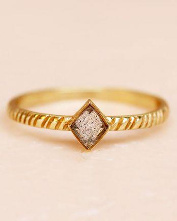E- ring size 52 labradorite diamond striped diagonally gold