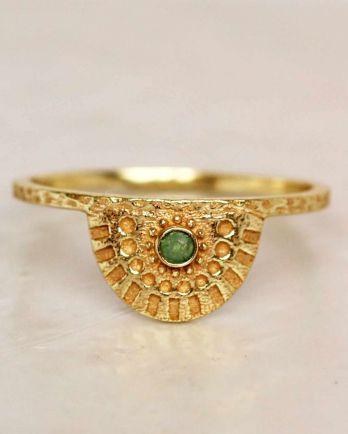 E- ring size 52 nefrite half cirkel gold plated