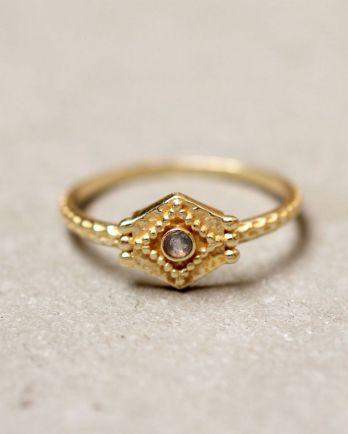 E- ring size 54 etnic hexagon labradorite gold plated