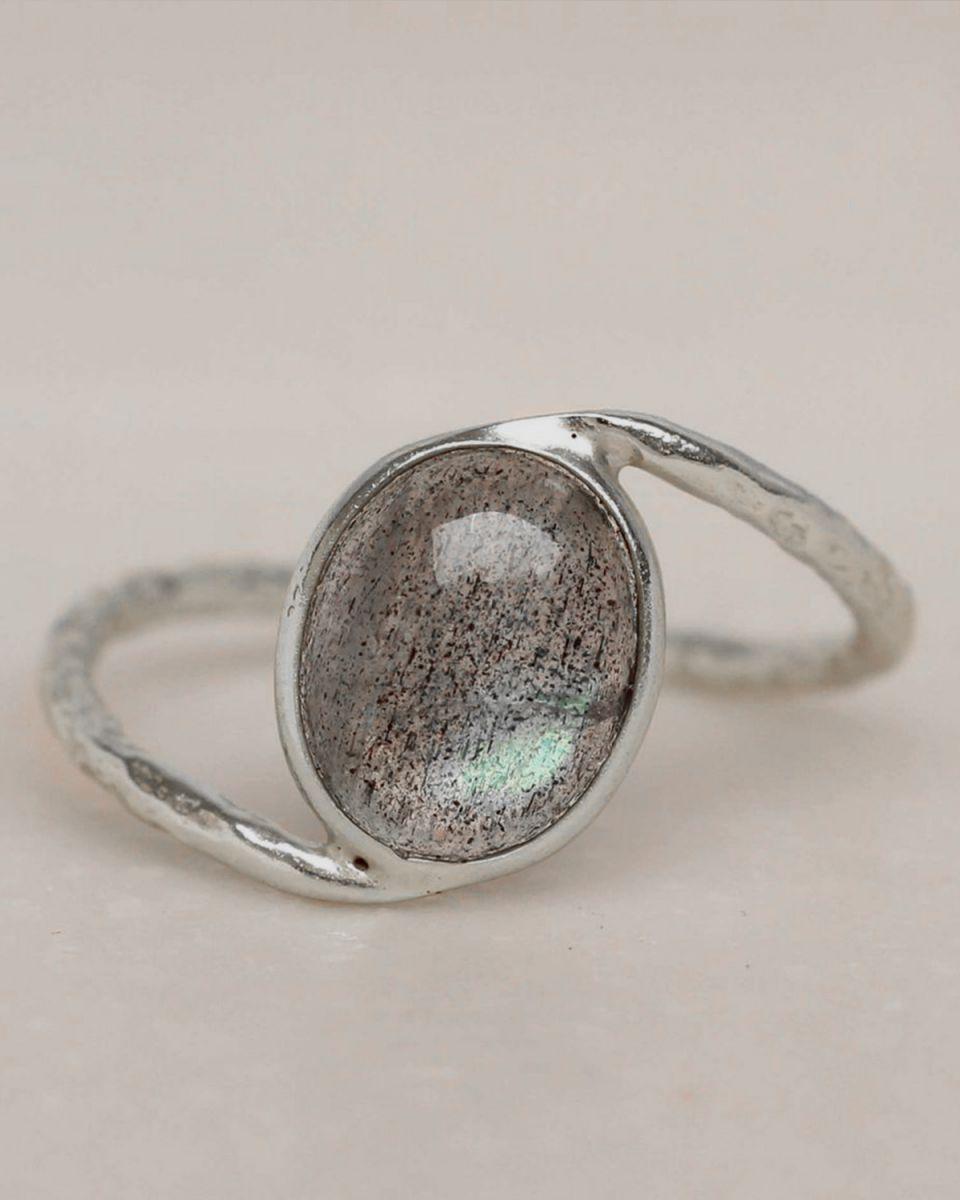 e ring size 54 labradorite oval stone wavy band