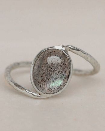 E- ring size 54 labradorite oval stone wavy band