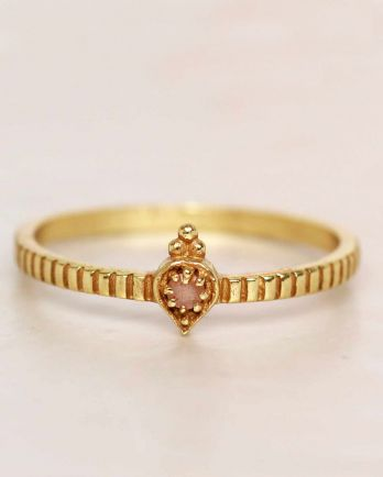 E- ring size 54 peach moonstone etnic drop striped gold plat