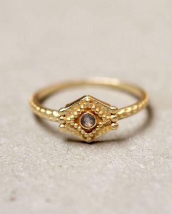 E- ring size 56 etnic hexagon labradorite gold plated