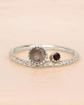 E- ring size 56 labradorite and smokey quartz big and small