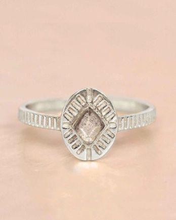 E- ring size 56 labradorite diamond striped