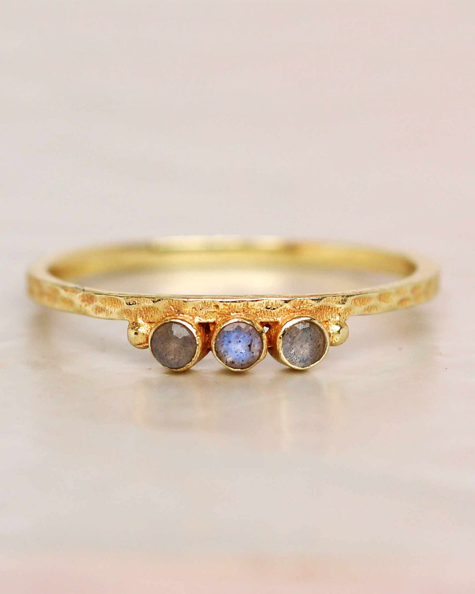 e ring size 56 labradorite three stones two dots hammered g