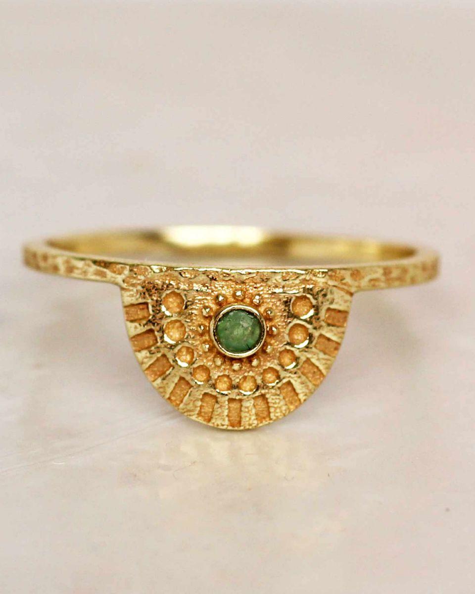 e ring size 56 nefrite half cirkel gold plated