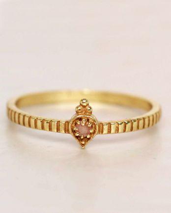 E- ring size 56 peach moonstone etnic drop striped gold plat