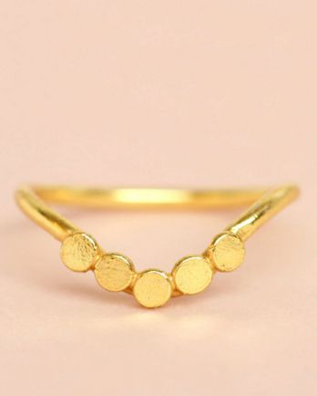 E- ring size 56 v-shape 5 coins  gold plated