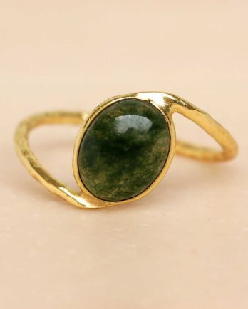 F- ring size 52 mos agate oval stone wavy band gold plated