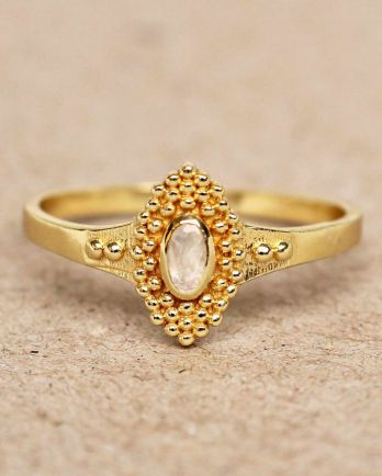 F- ring size 52 white moonstone with dots gold plated