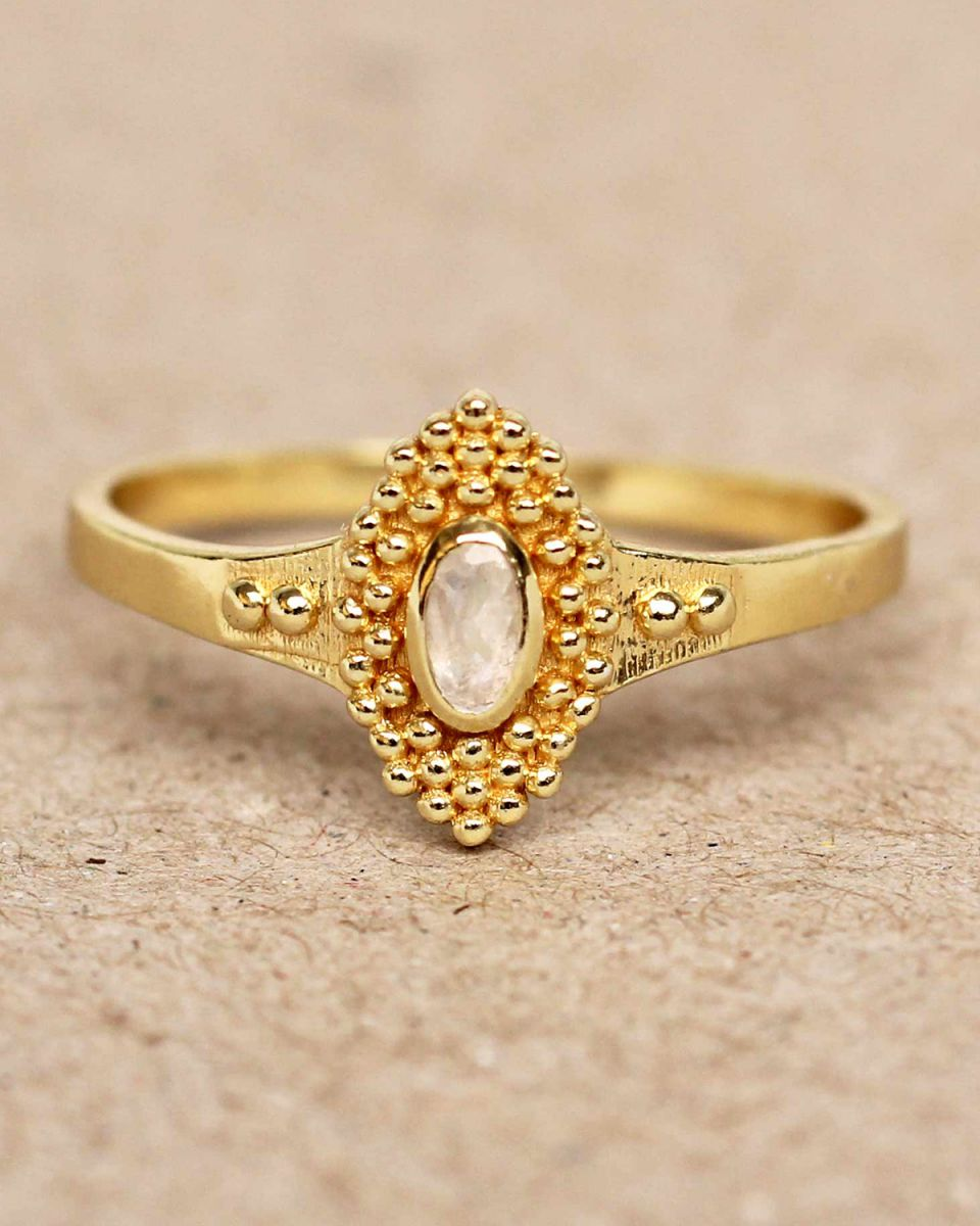 f ring size 56 white moonstone with dots gold plated