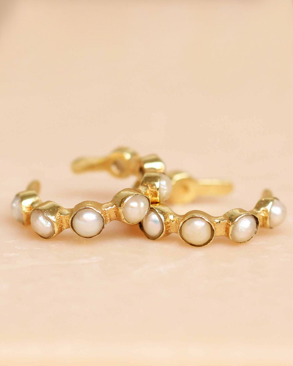 h earcuff white pearl seven stones gold plated
