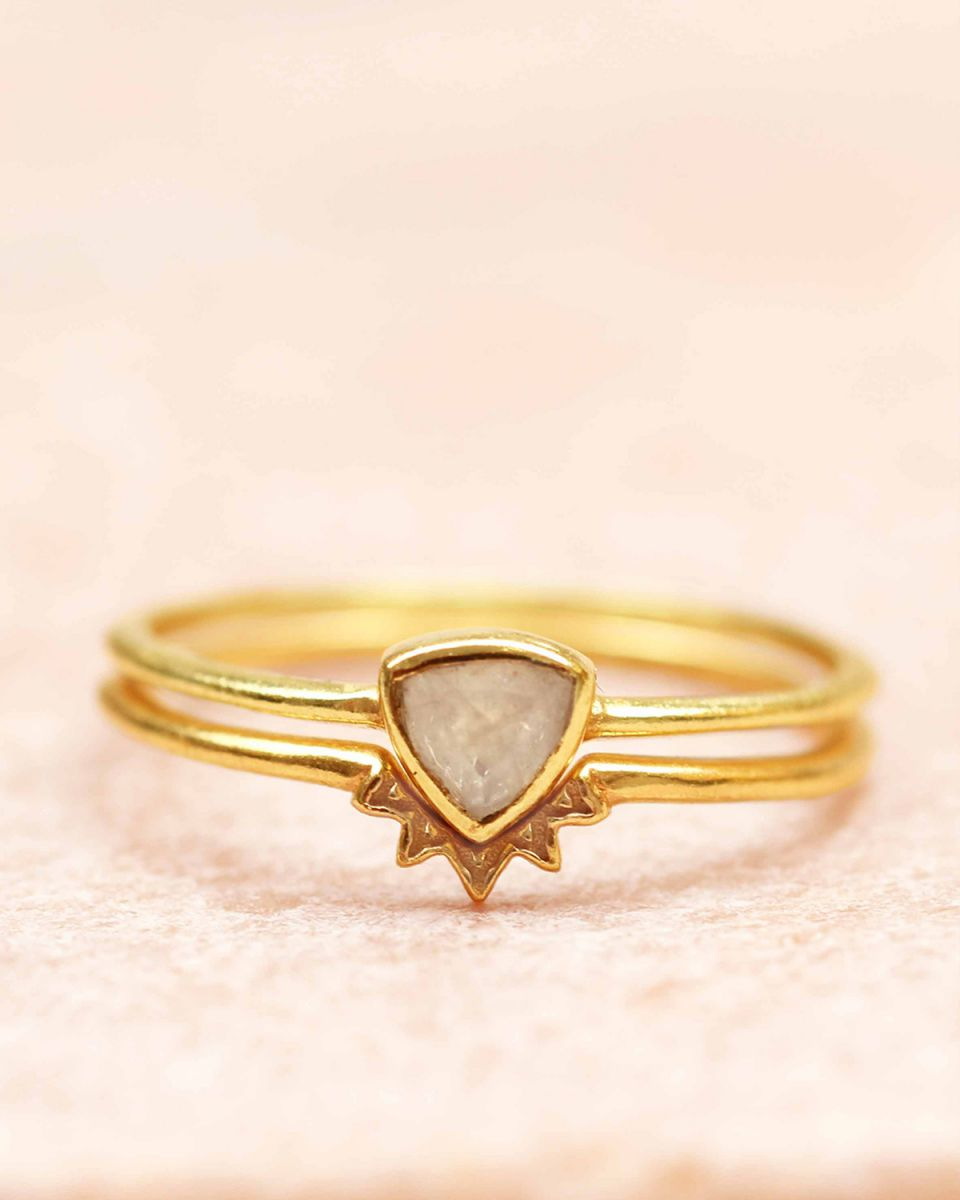 h ring size 56 triangle moonstone set of 2 gold plated