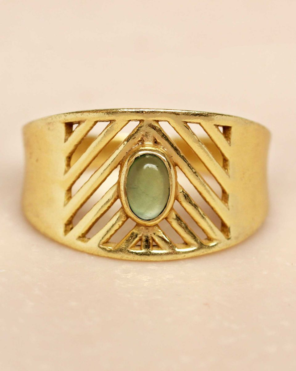 i ring size 52 nefrite oval stone open lines gold plated