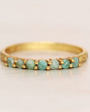 https://mujajuma.com/en/g-ring-size-52-amazonite-6-stones-2mm-hammered-gold-plated/a4103?c=3490&m=12536