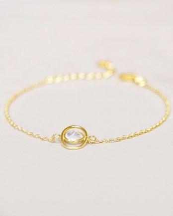 https://www.mujajuma.com/nl/f-bracelet-white-moonstone-oval-with-round-stone-gold-plat/a13814?c=3493&filter=53&m=13566